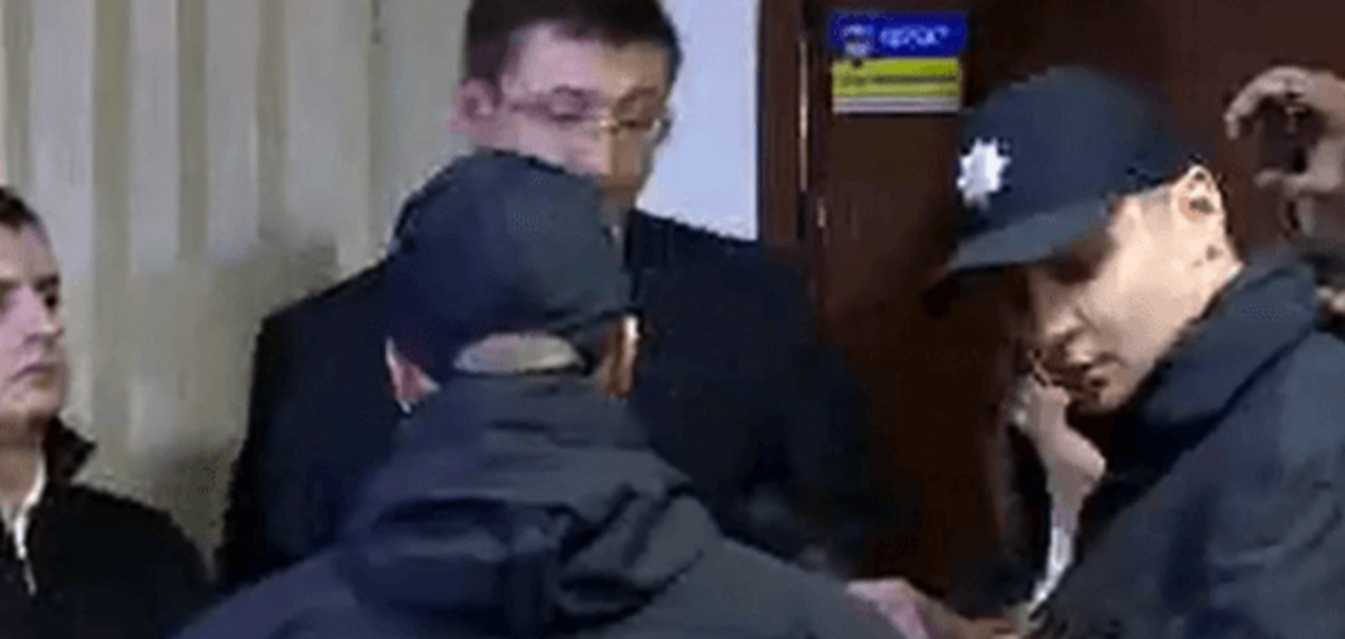 Прокурор у справі Корбана заявив, що Парасюк його душив і вдарив в обличчя