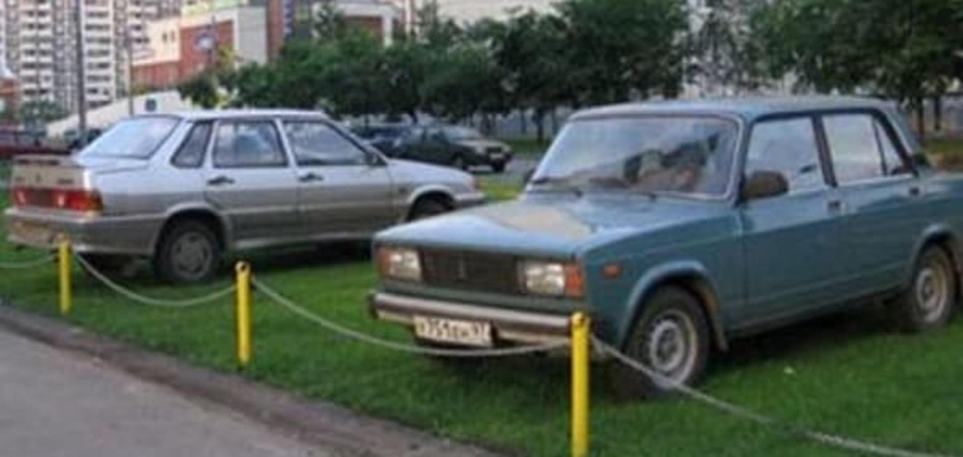 Незаконні столичні парковки масово підуть під знос