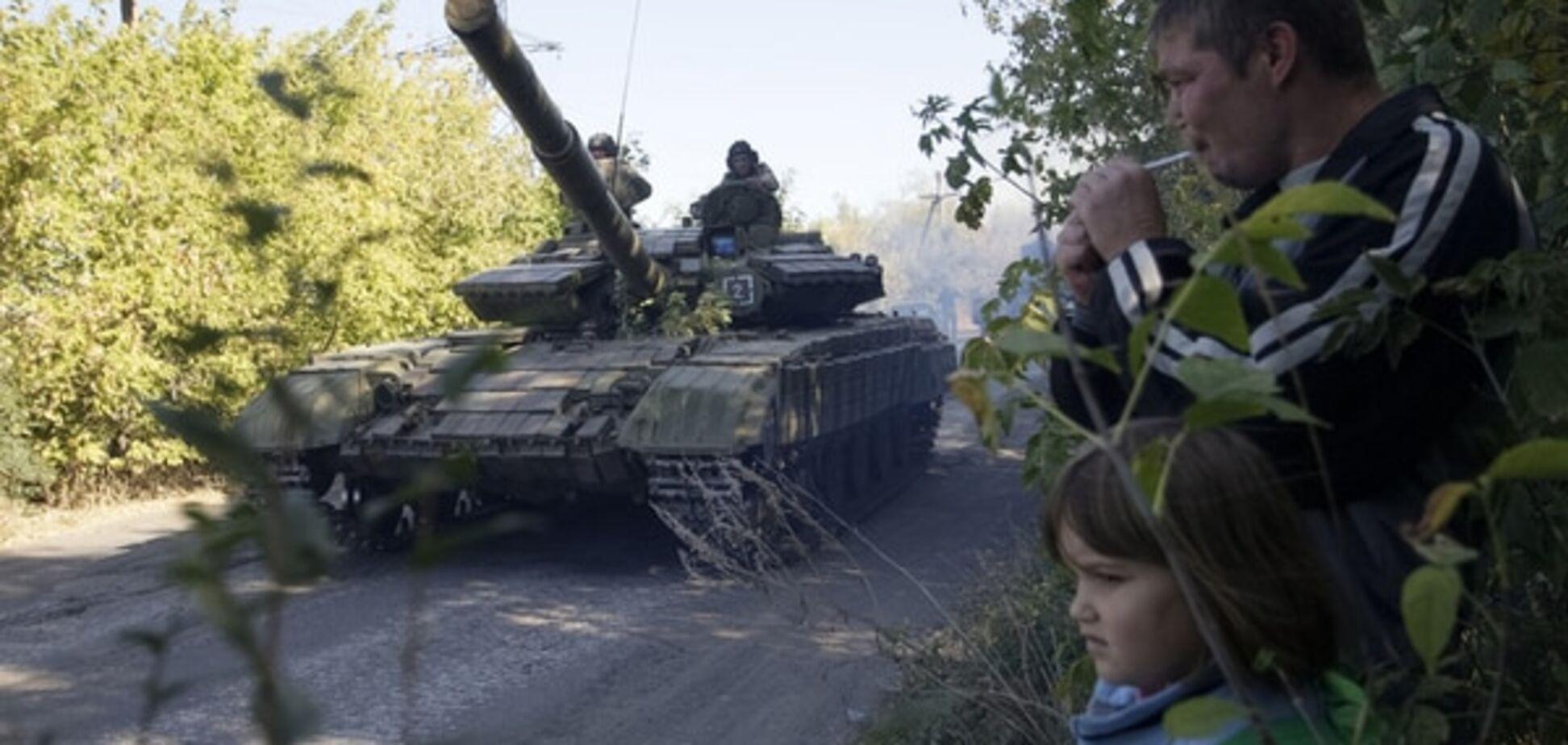 Блокада Донбасу стала джерелом наживи для ватажків терористів - журналіст