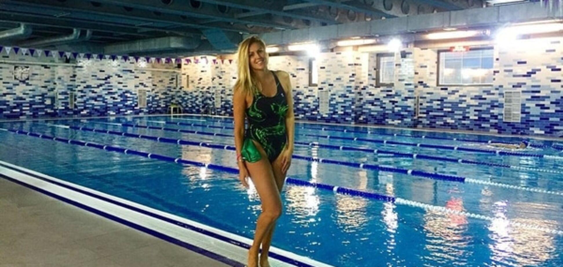 'Хоч зараз на Олімпіаду': Яна Клочкова похвалилася своєю 'фігурою-персиком': відео з басейна