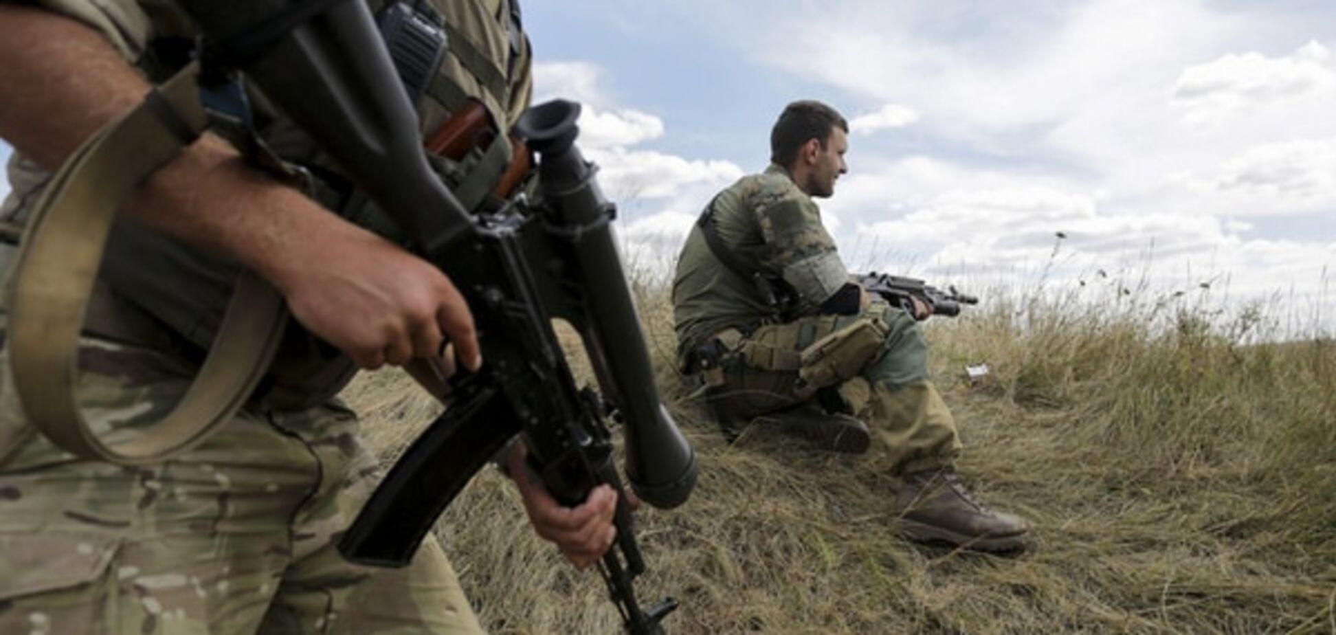 Бійці АТО потрапили під обстріли терористів у районі донецького аеропорту