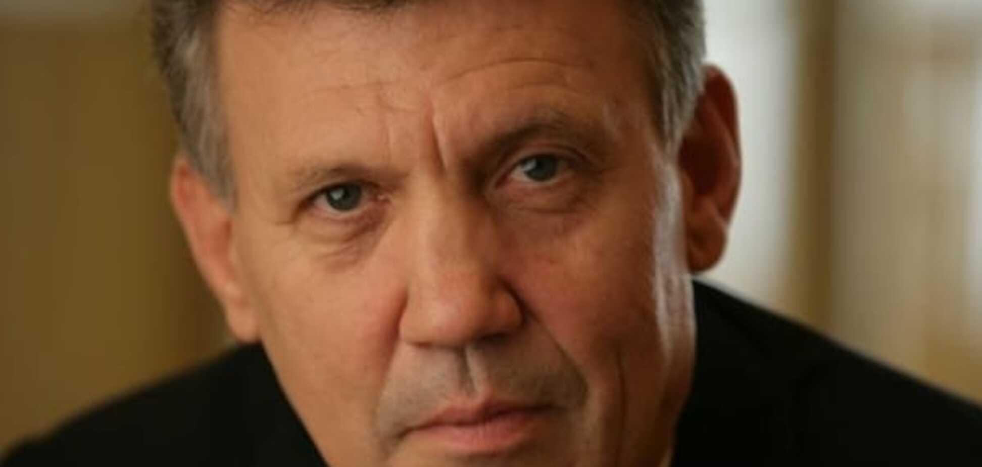 Ківалов відповів Геращенко за свого 'родича'