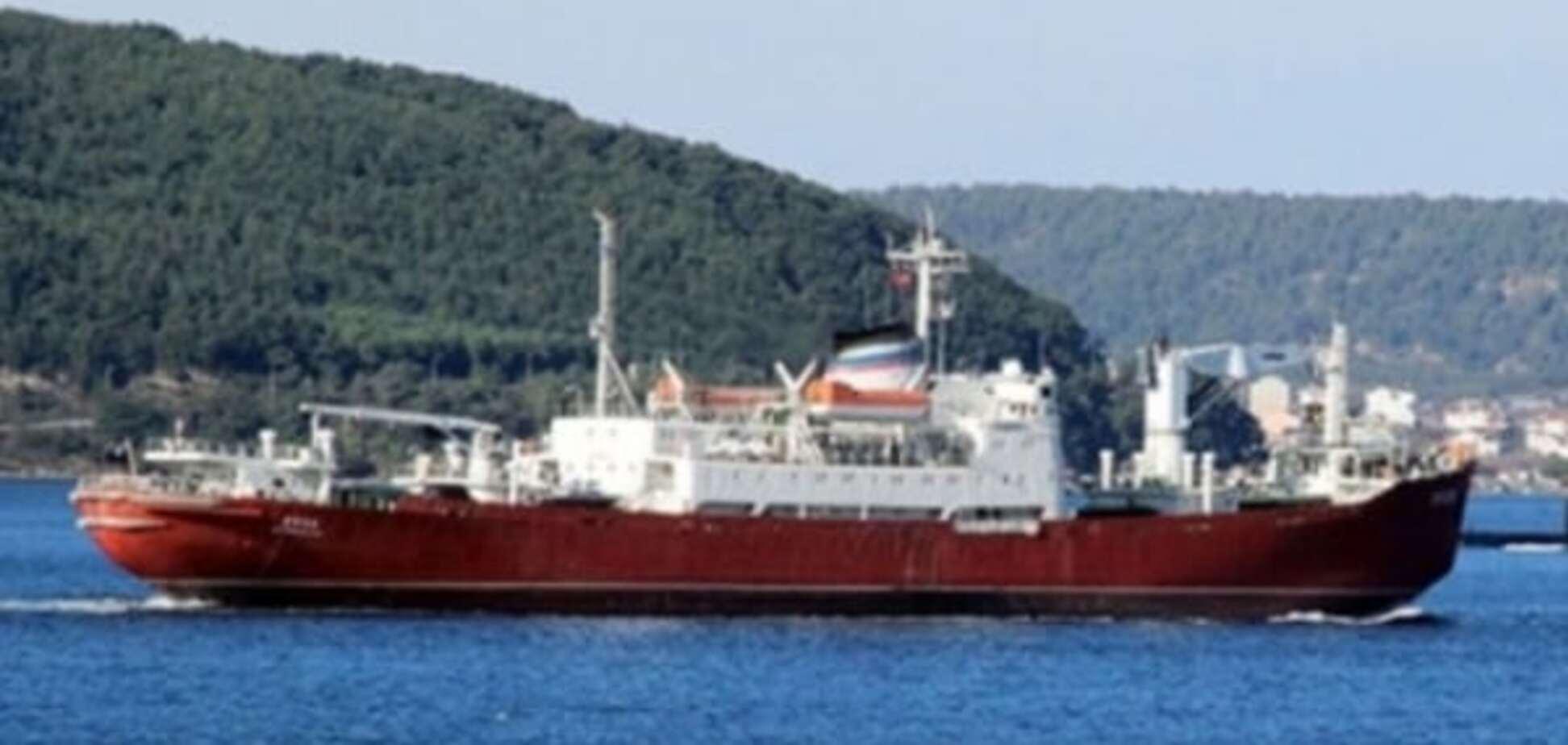Туреччина пильнує: російське судно в Дарданеллах зіткнулося з 'перешкодою'