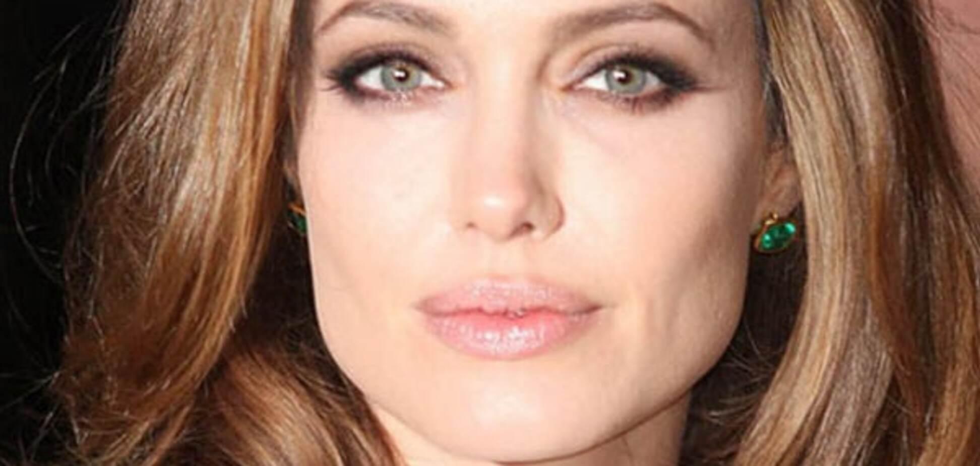 Анджеліна Джолі розповіла про свою бурхливу молодість