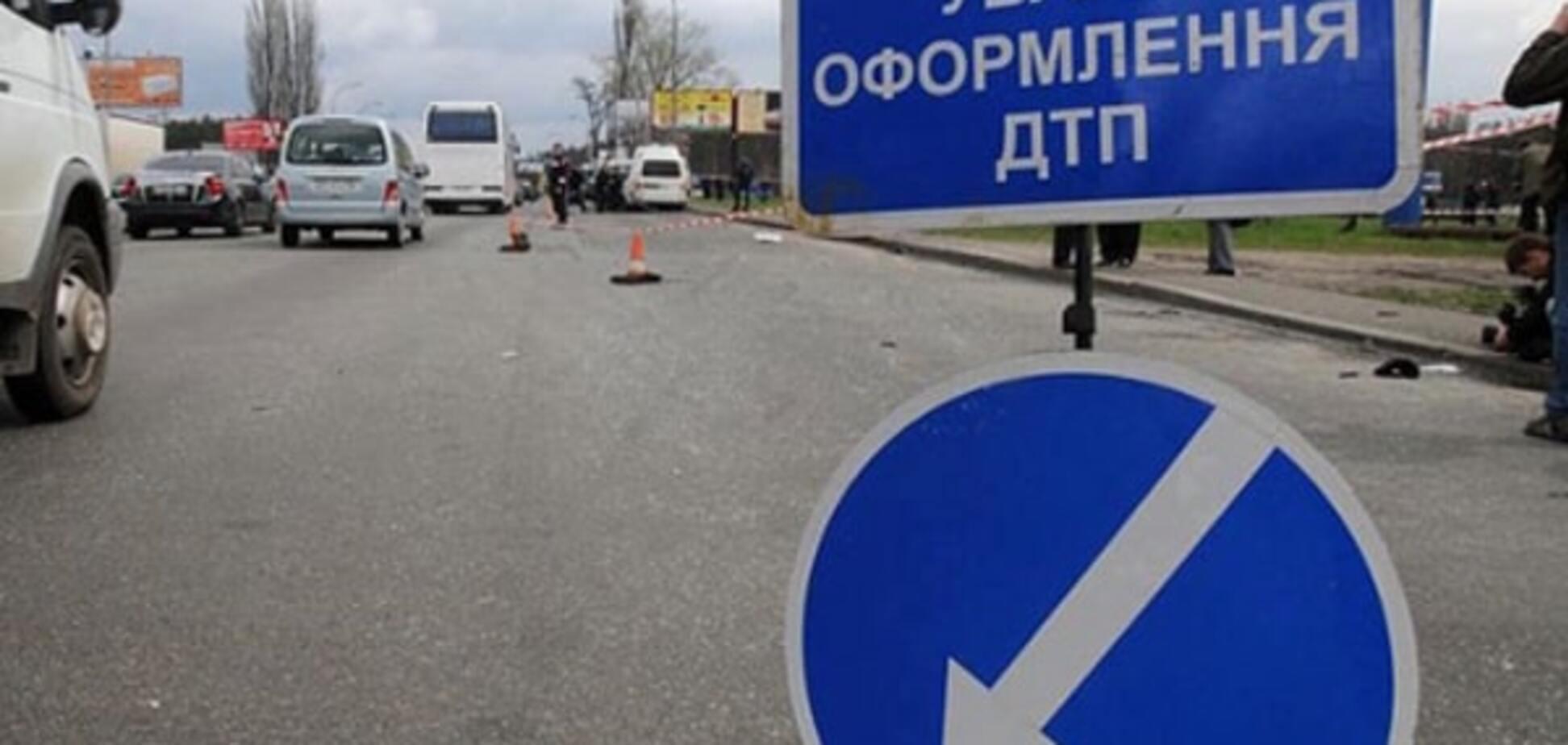 Криваве ДТП у Харкові: 'КамАЗ' практично розірвав навпіл пішохода