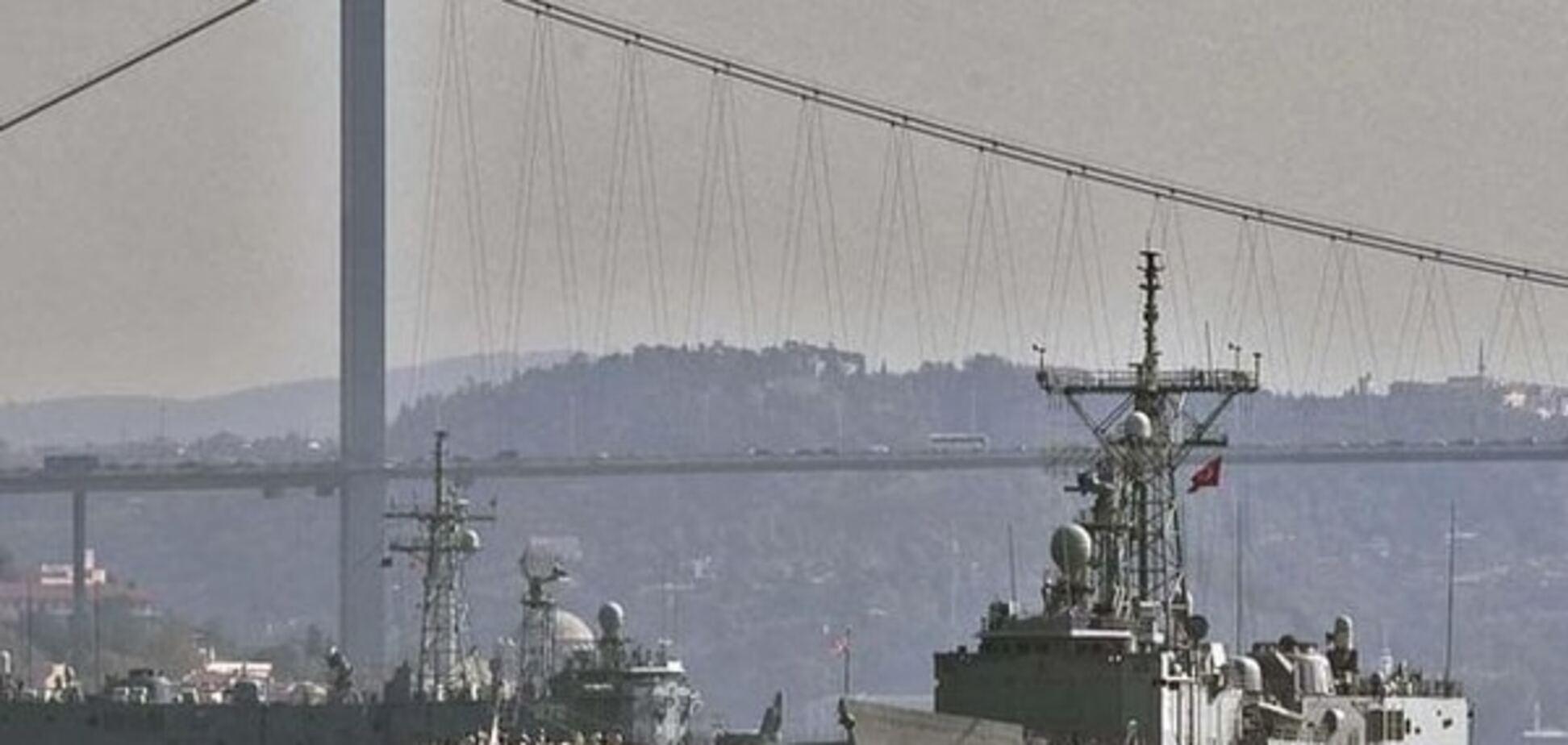Гідна відповідь: Туреччина блокує російські кораблі в Босфорі