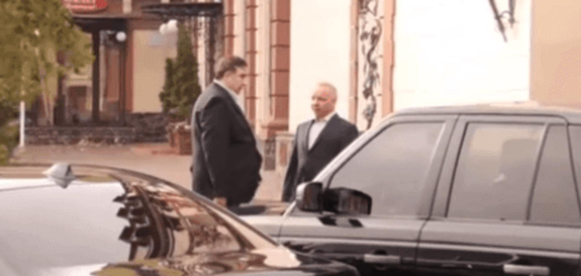Война компроматов: Аваков показал видео 'наружки' по Саакашвили