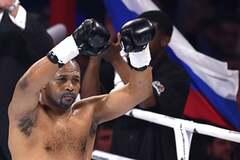 Захотілося ще? Легендарний боксер після побиття в Москві передумав завершувати кар'єру