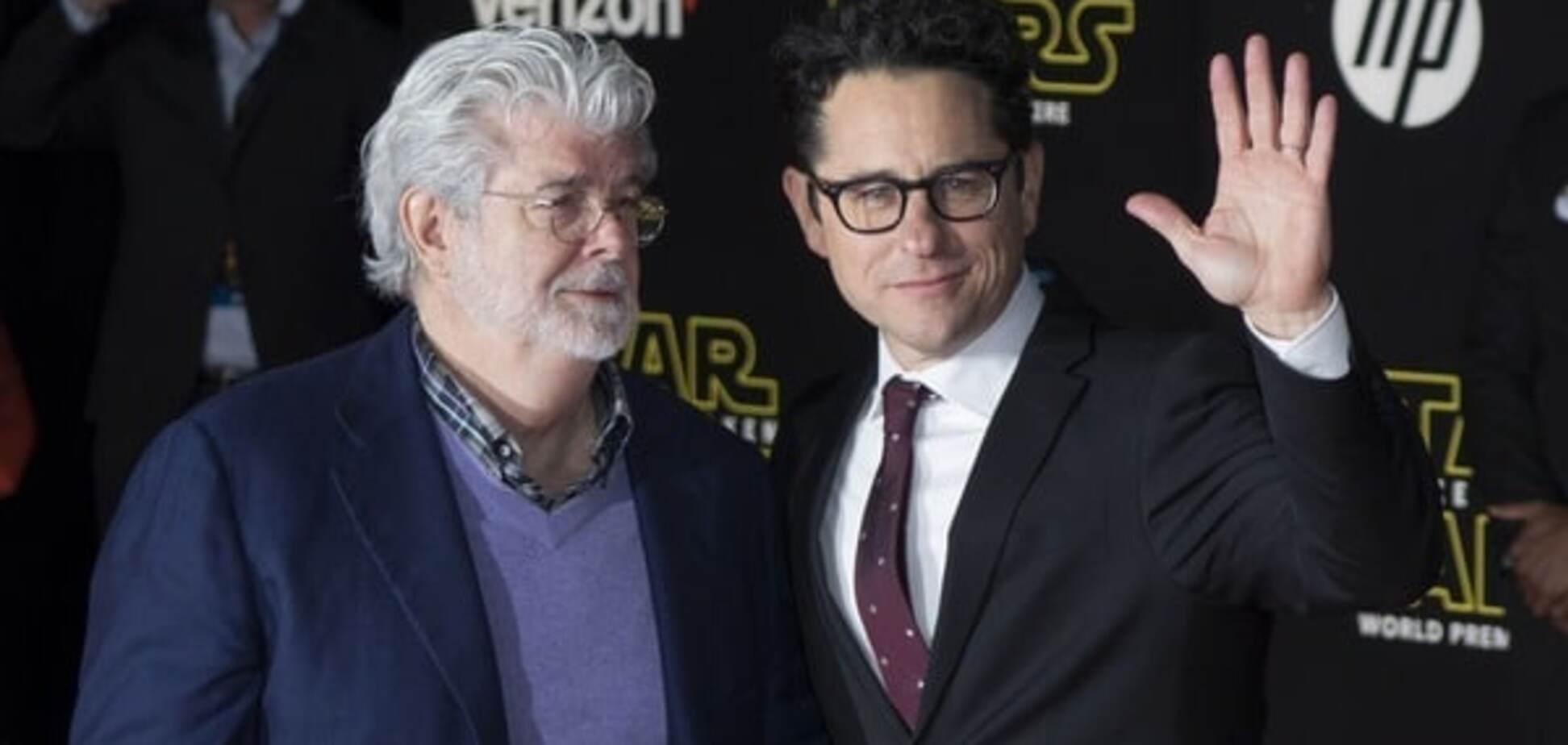 В США состоялась долгожданная премьера 7-й части киносаги 'Звездные войны'