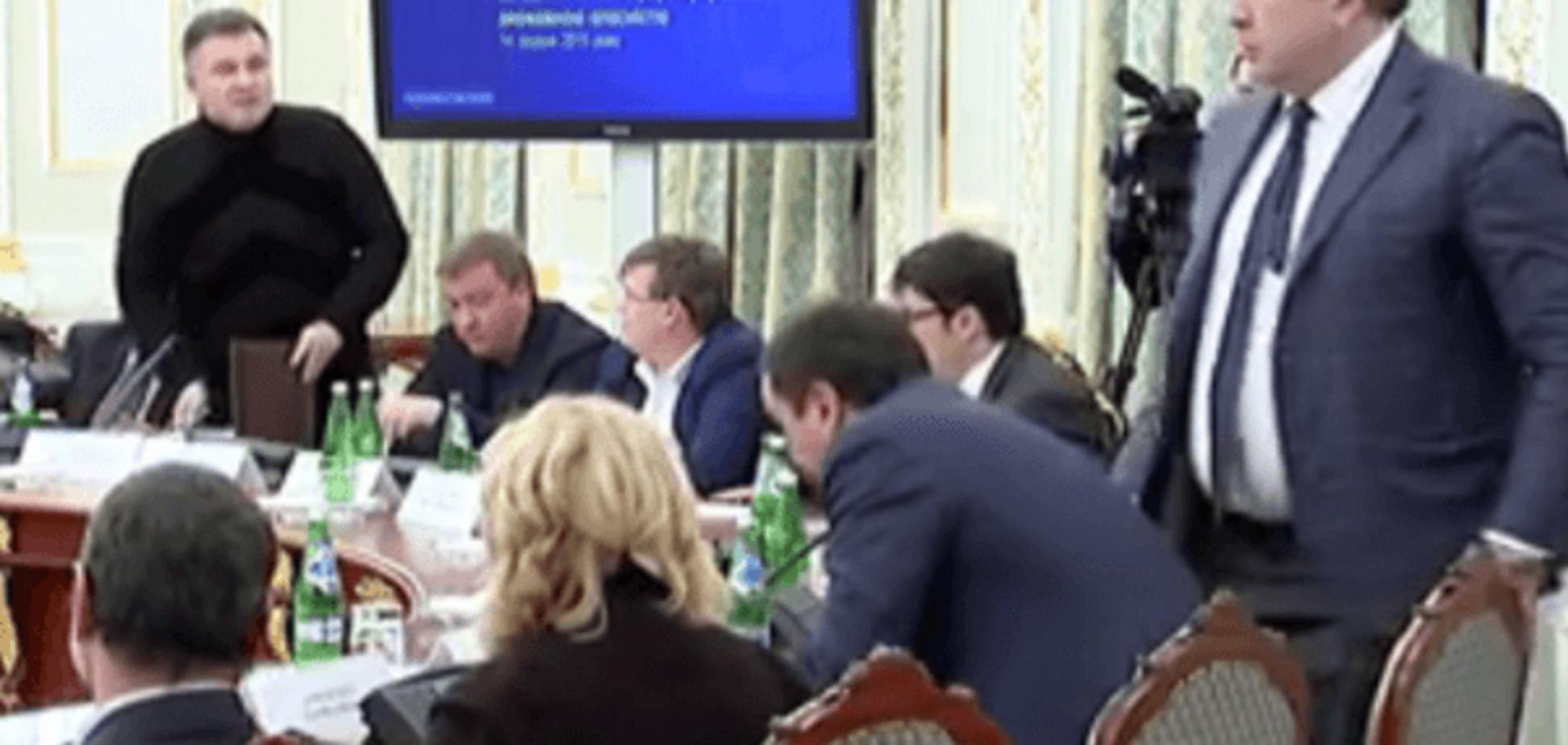 Аваков опубликовал видео перепалки с Саакашвили на Совете реформ