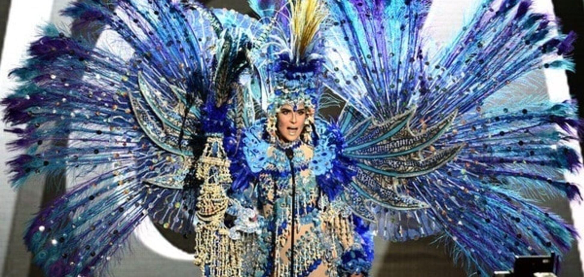 'Мисс Вселенная 2015': фото с дефиле в национальных костюмах