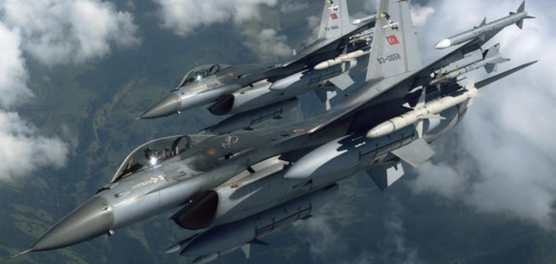 Турецькі винищувачі порушили повітряний простір Греції - ЗМІ