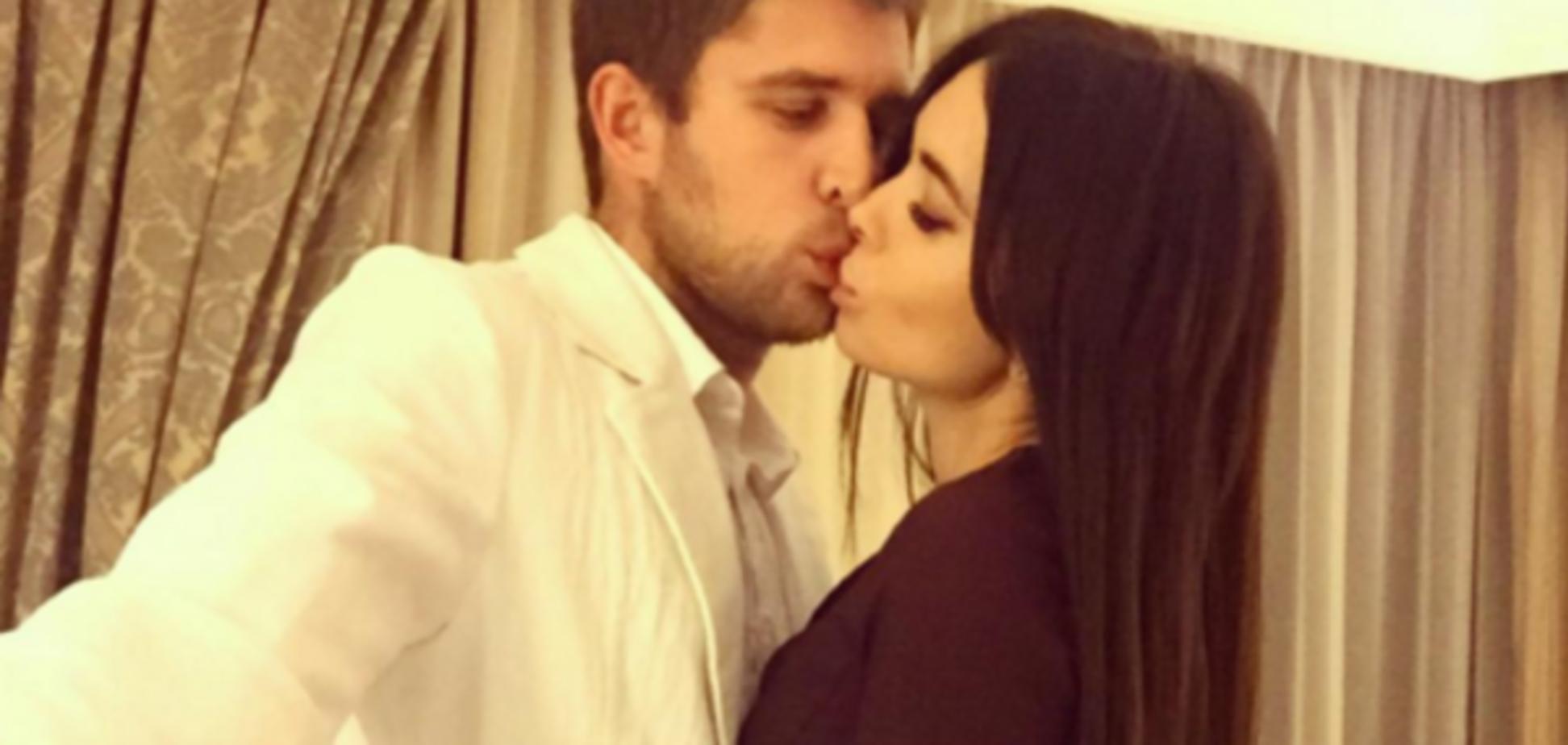 Лидер 'Динамо' романтично отпраздновал семейный юбилей