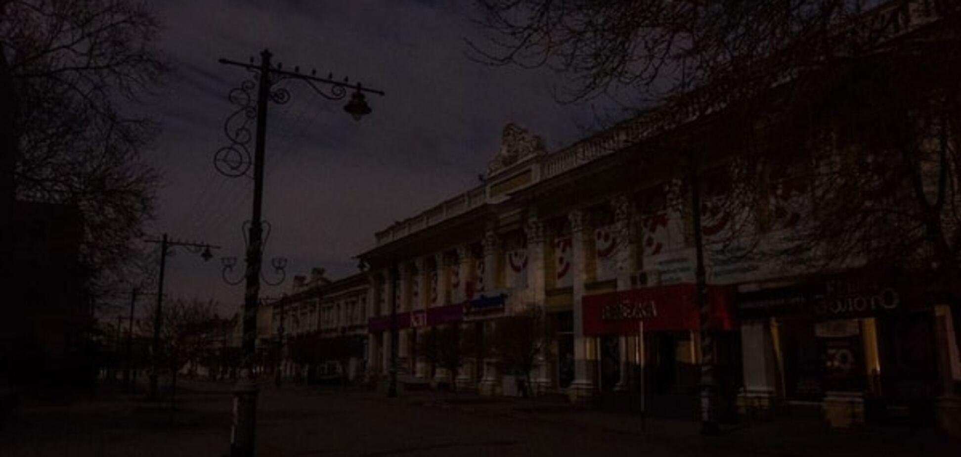 Блекаут у Криму: людей готують до дефіциту ліків і хліба