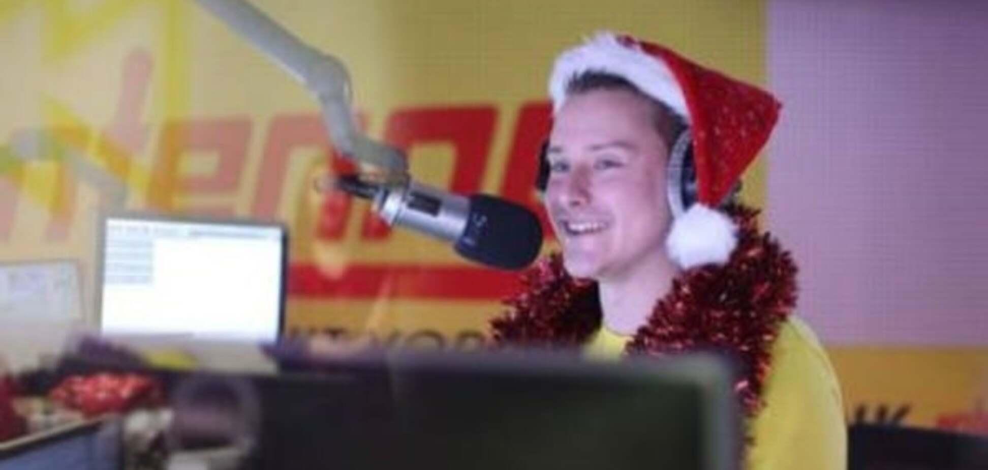 Муки Різдва: діджей на радіо 24 рази програв новорічну пісню