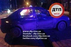 В Киеве пьяный таксист не поделил дорогу с Mazda