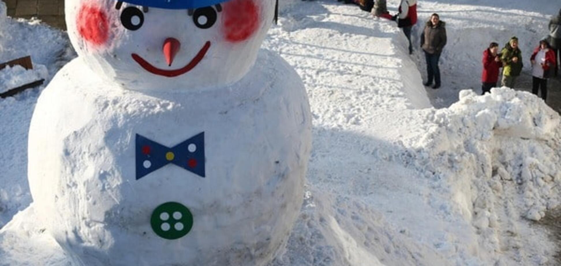 В Британии создали снеговика, которые делает топливо из воды