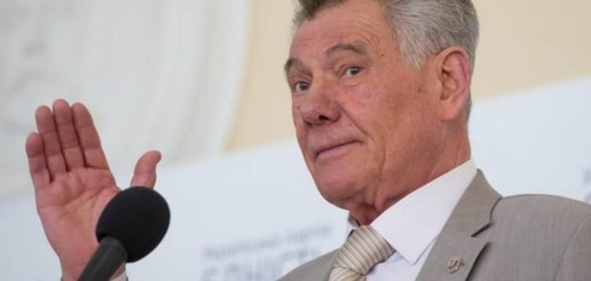 После ДТП с пешеходом Омельченко срочно покинул Украину - СМИ