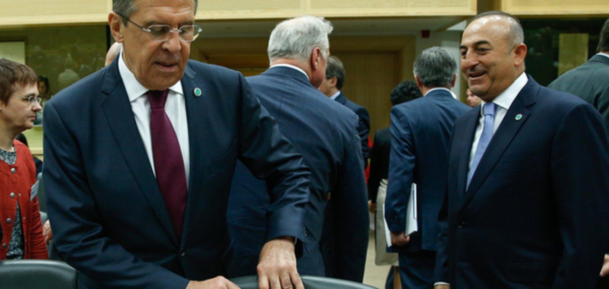 Голови МЗС Туреччини і Росії обговорили знищення Су-24