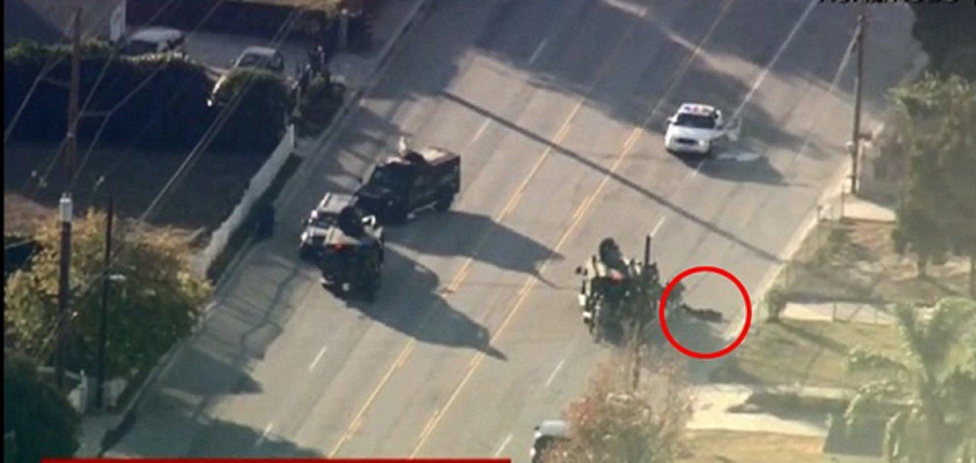 Расстрел в Калифорнии: один 'стрелок' убит в перестрелке с полицией
