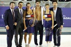 Надаль сыграл в теннис на раздевание с известной моделью