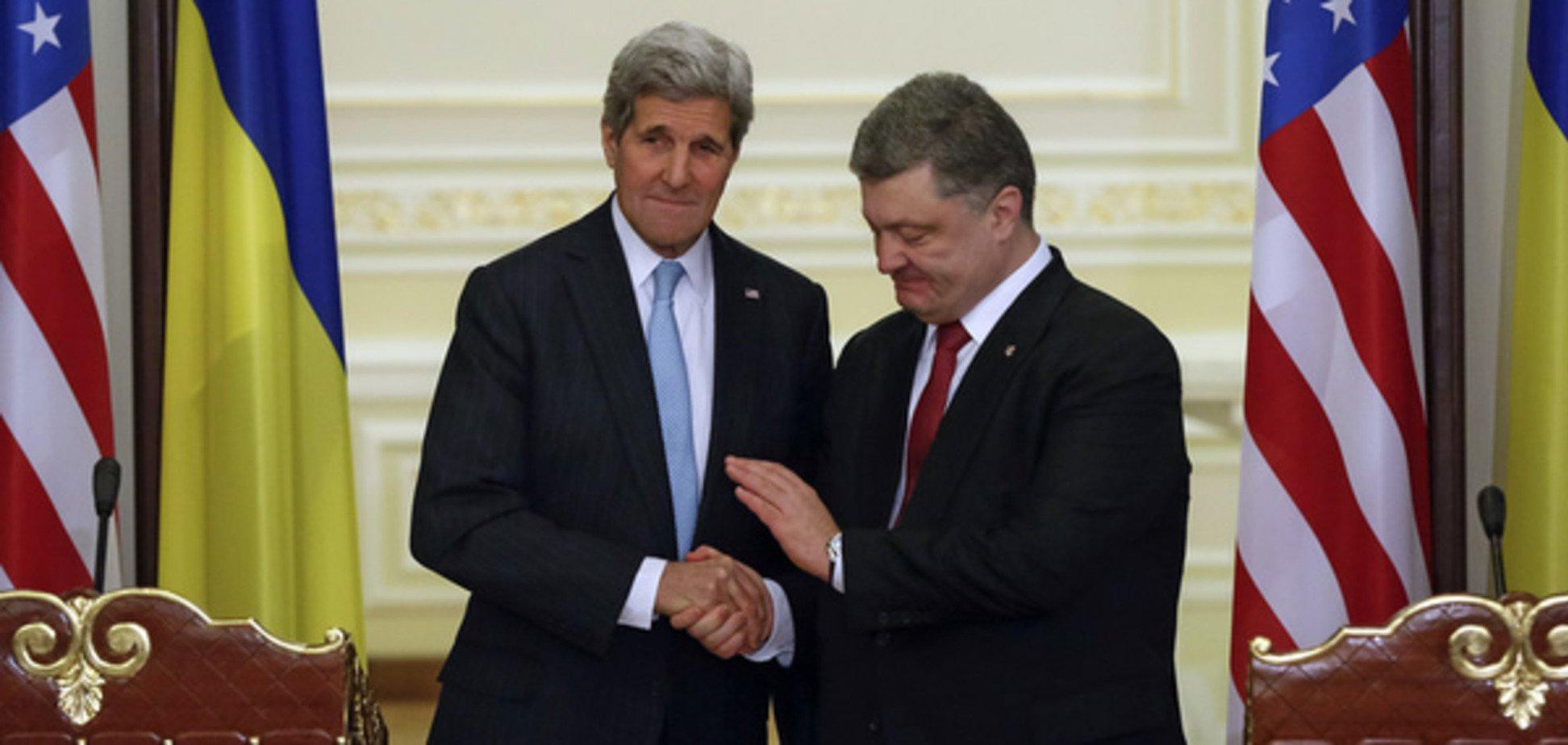 Порошенко обговорив з Керрі ситуацію на Донбасі й санкції проти Росії