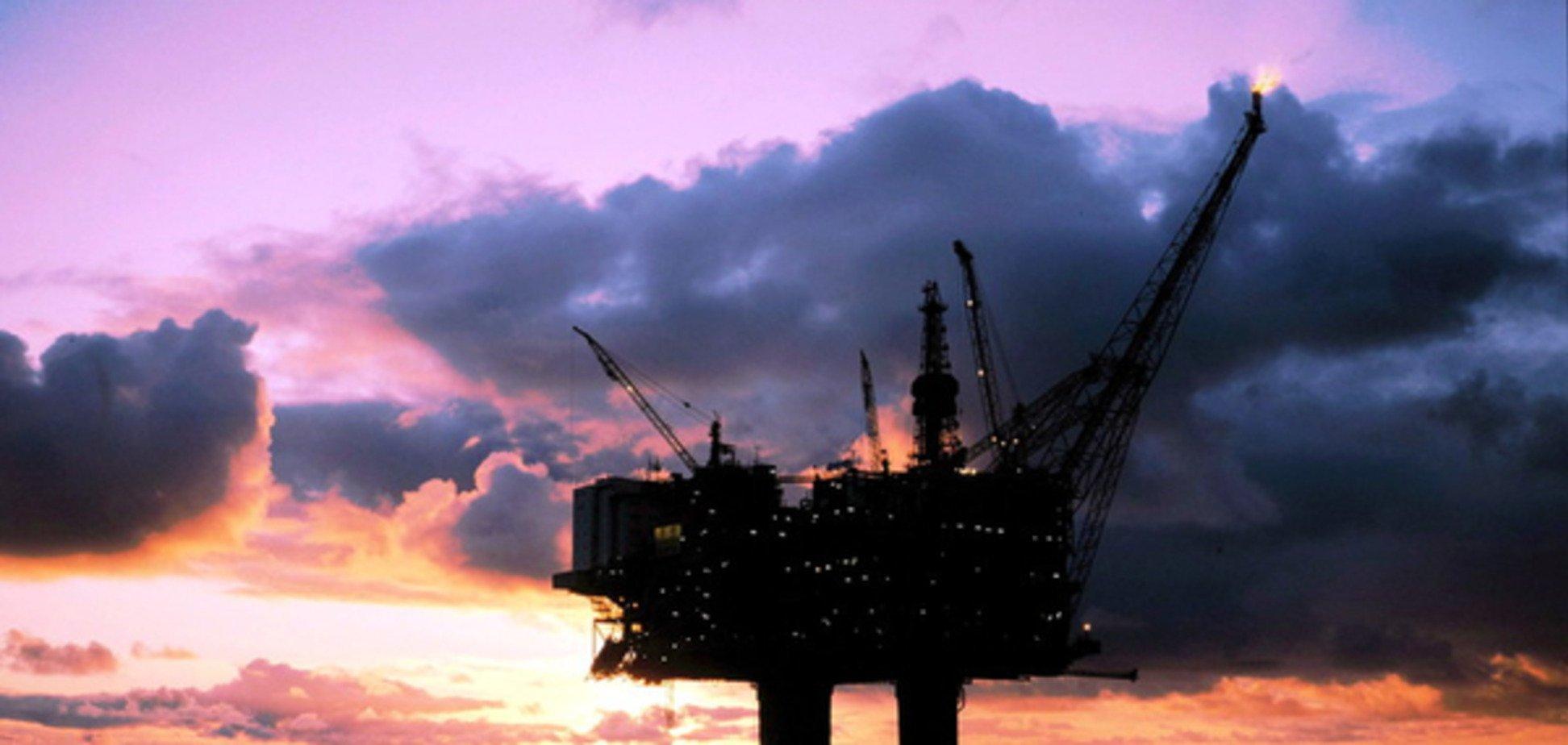 Інвестбанкіри знизили прогноз цін на нафту на $10