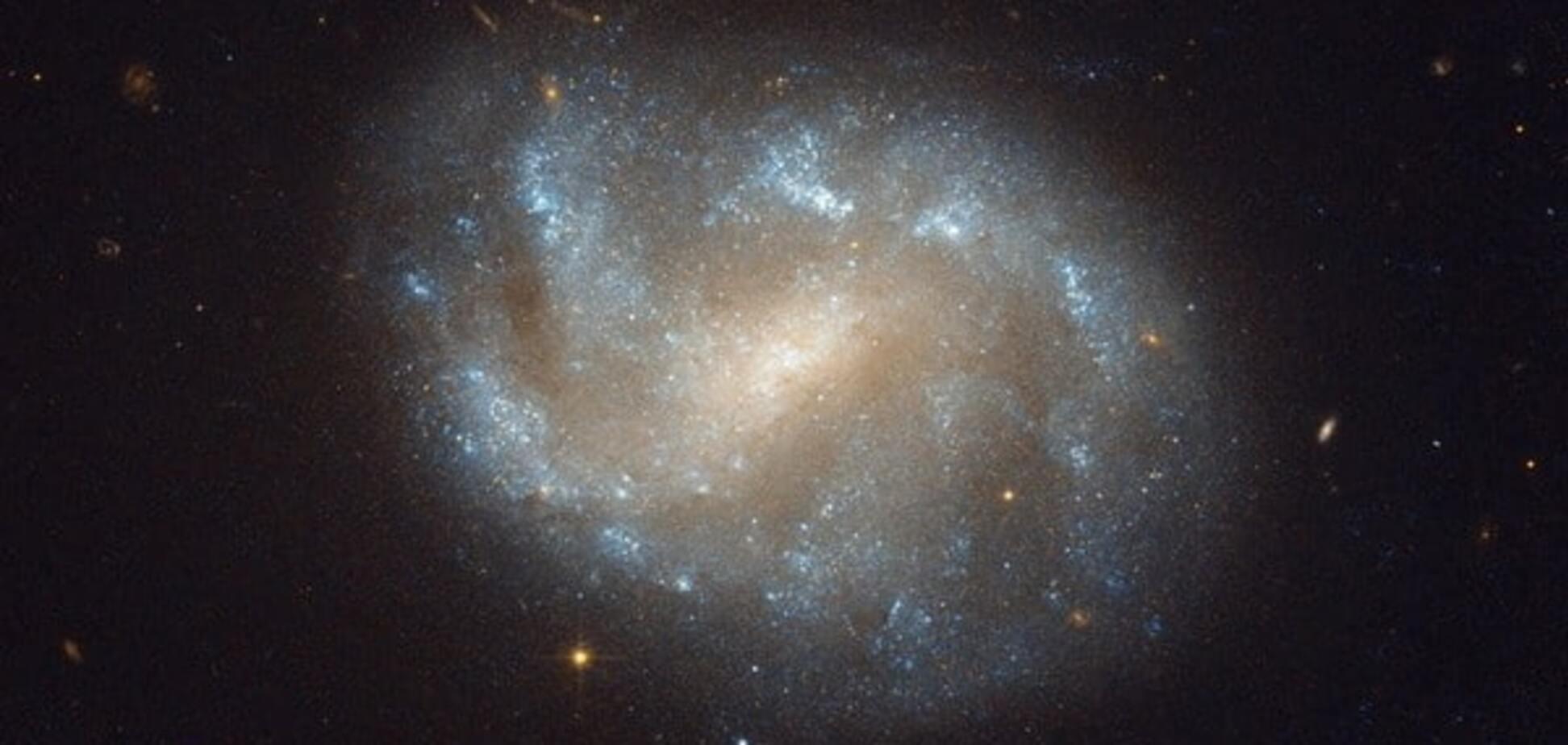 Загадка століття: вчені визначили, чи є Всесвіт голограмою