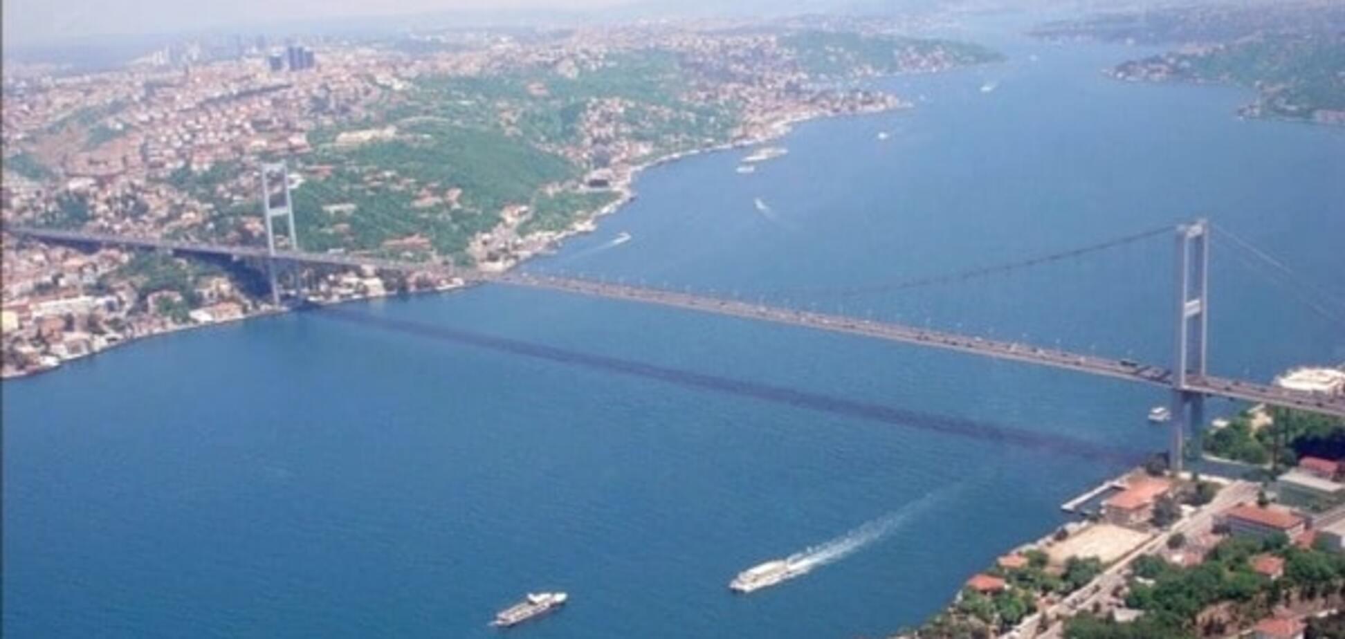 Туреччина не пропустить через Босфор військові кораблі РФ із Сирії - розвідка