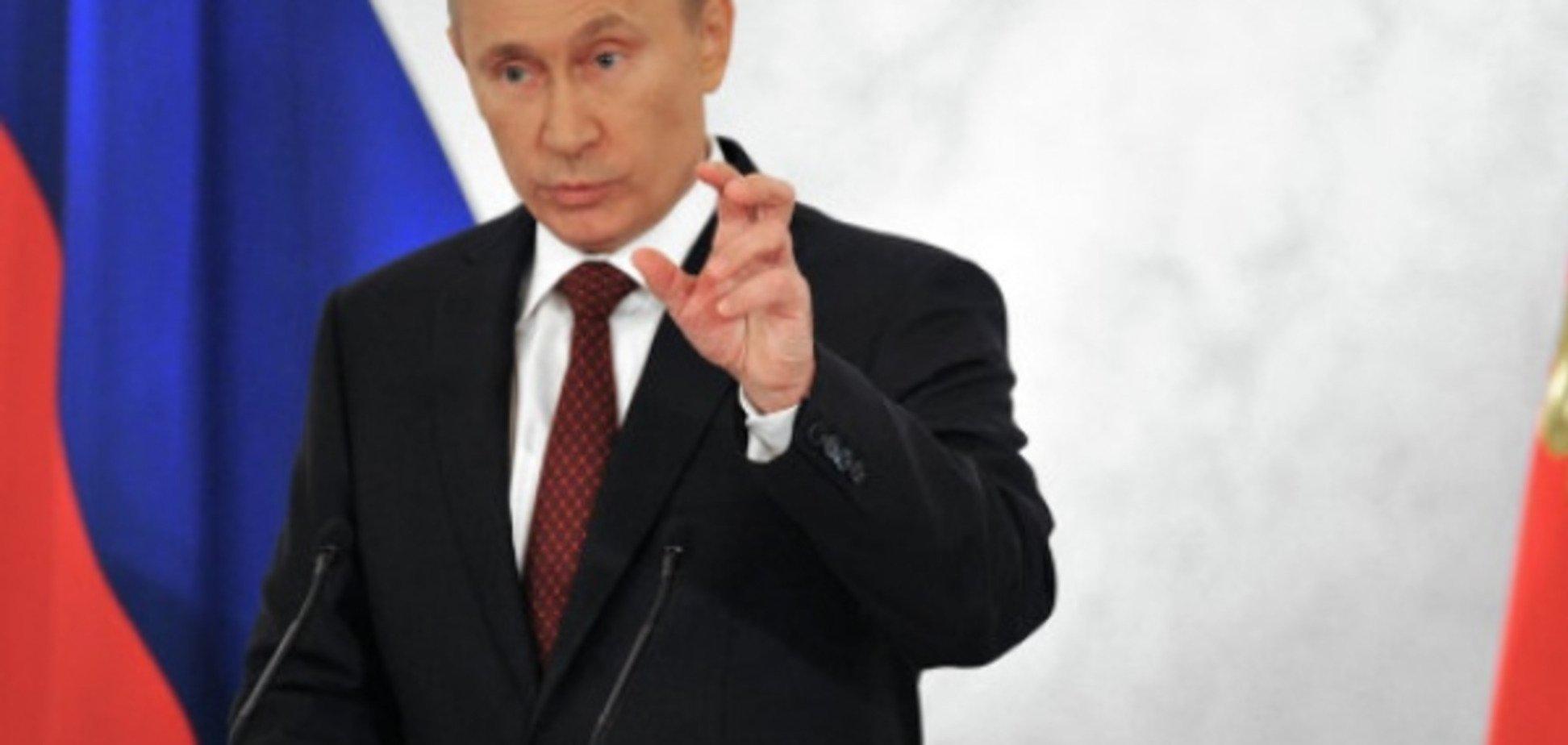 Путін дивиться на свій дім і ненавидить те, що він бачить - Bloomberg