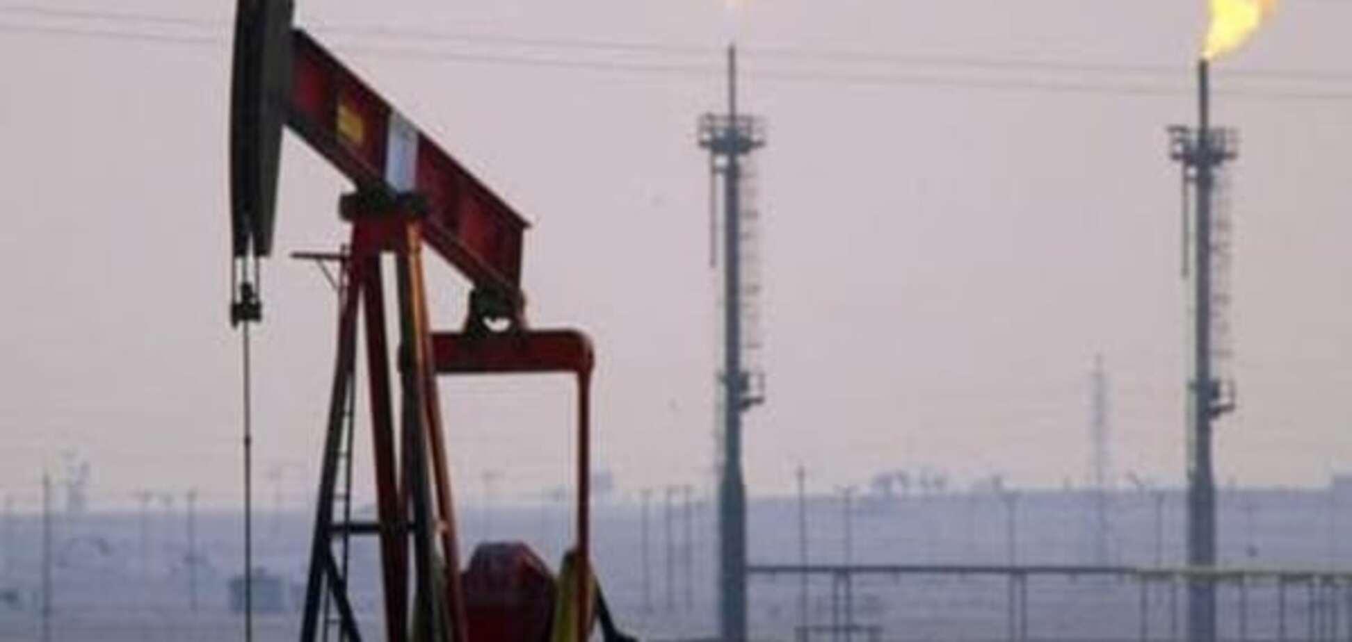 Країни ОПЕК залишили видобуток нафти на незмінному рівні попри низьці ціни