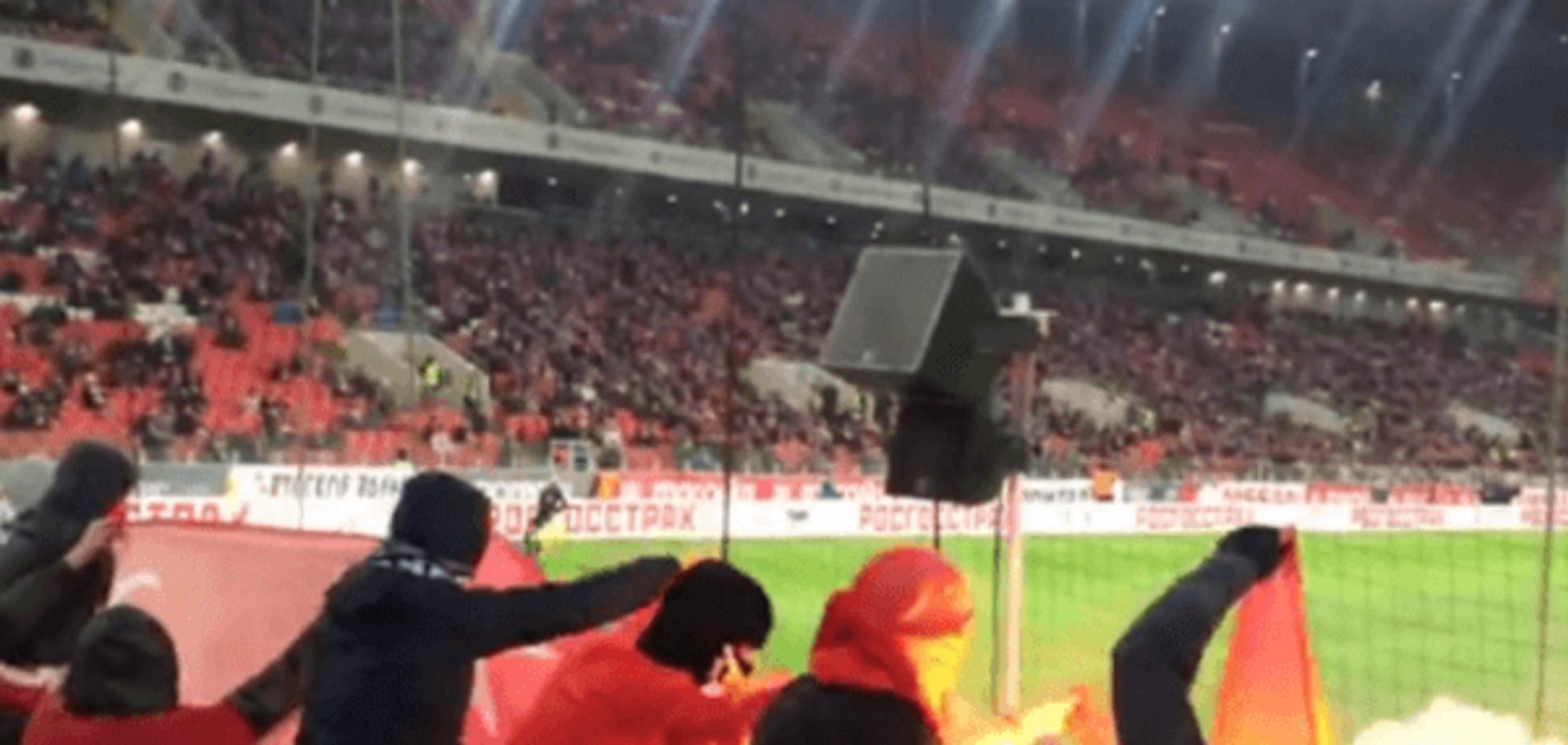 'Помстилися': російські фанати спалили прапор Туреччини під час матчу