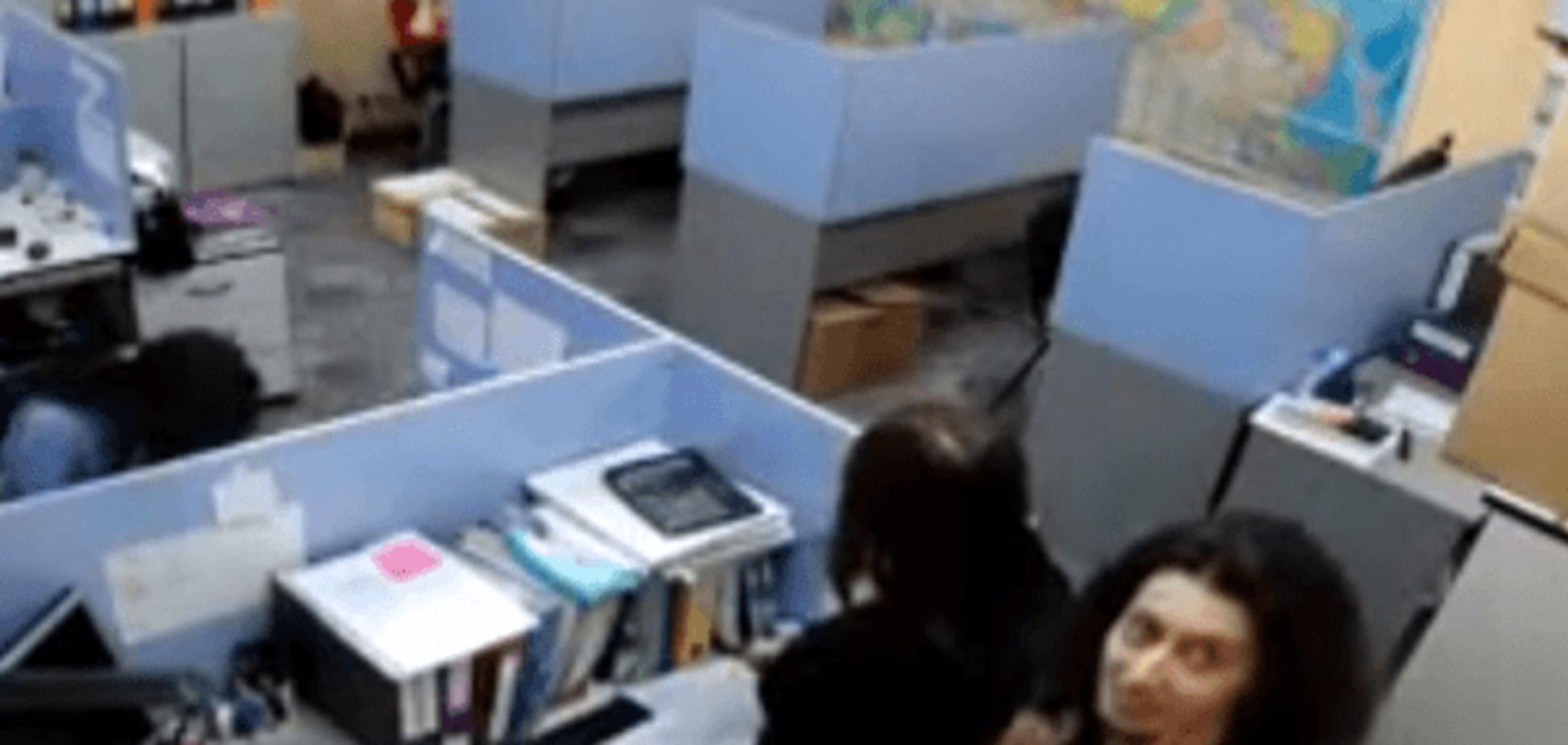 Перевірка на вошивість: в офісі російської компанії пролунав гімн України
