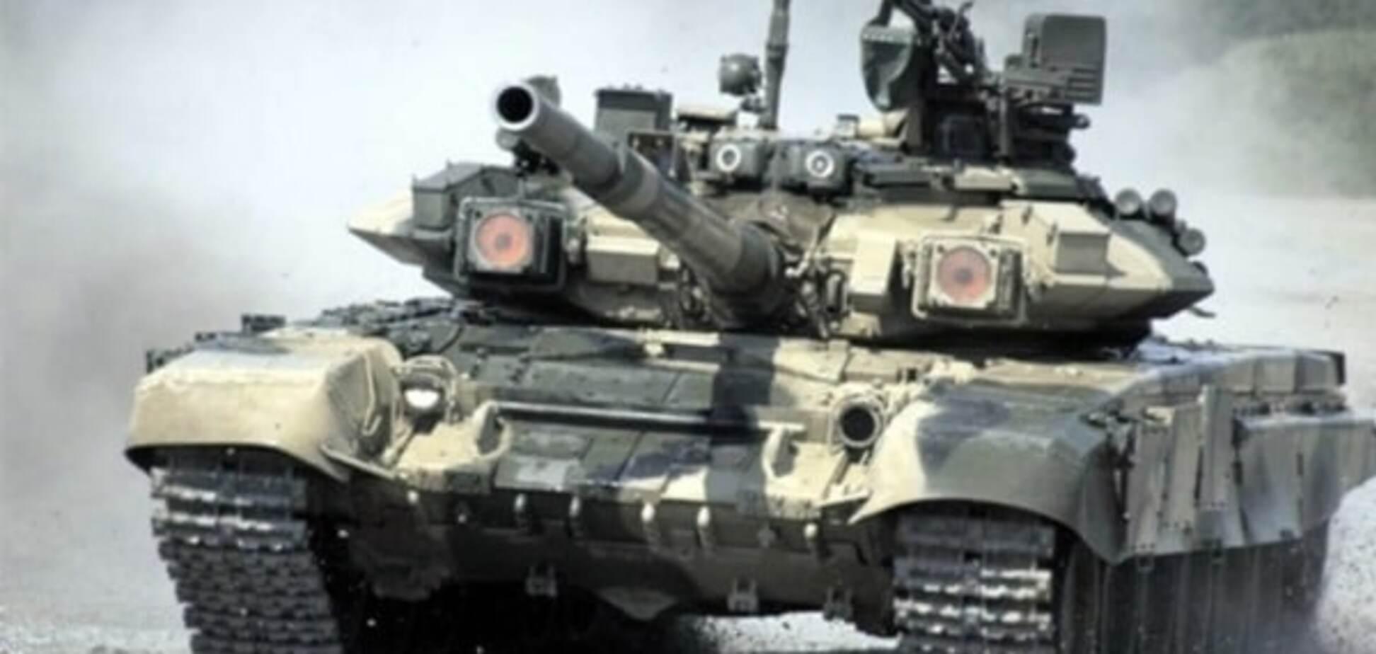 Разнесло в пух и прах: сирийские повстанцы выложили видео взрыва российского танка Т-90