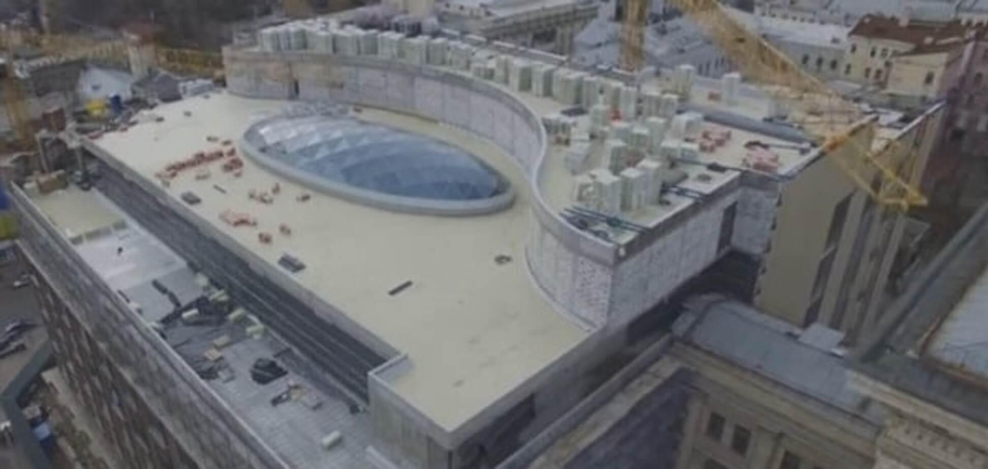 В сети появилось видео реконструкции киевского ЦУМа с высоты птичьего полета