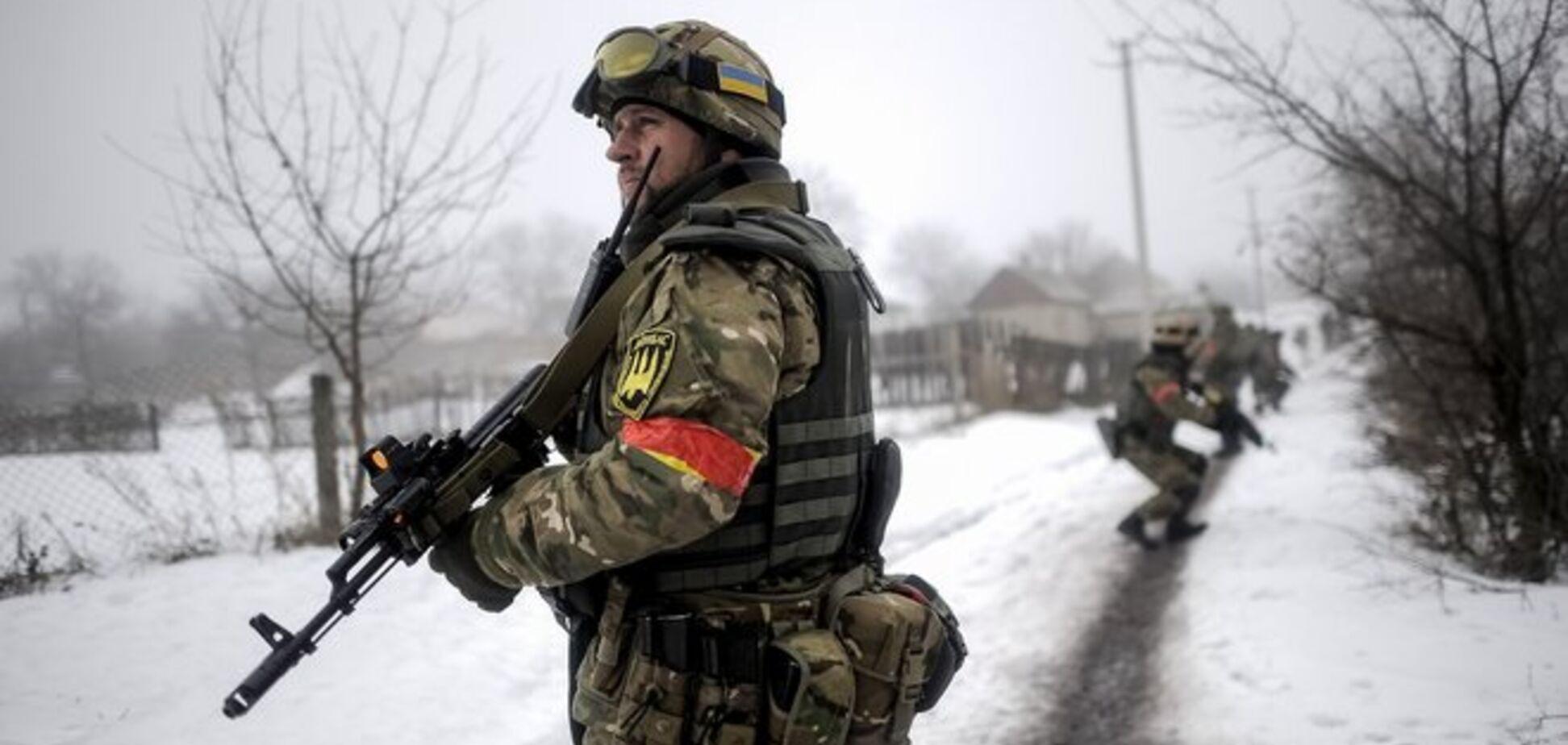 За день террористы 60 раз открывали огонь: под Дебальцево идут бои  – пресс-центр АТО