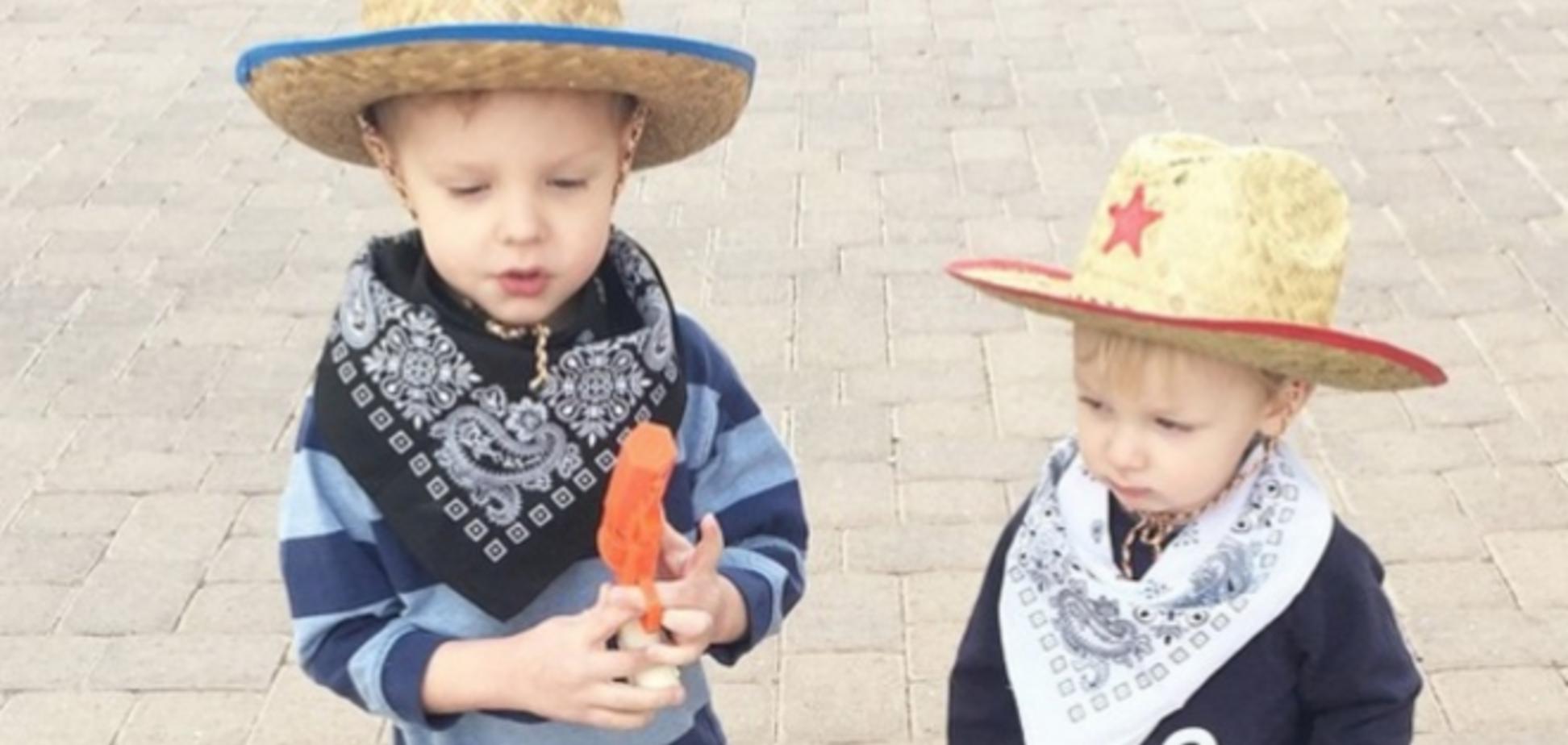 Забавный эксперимент: 3-летний сын стал личным стилистом мамы