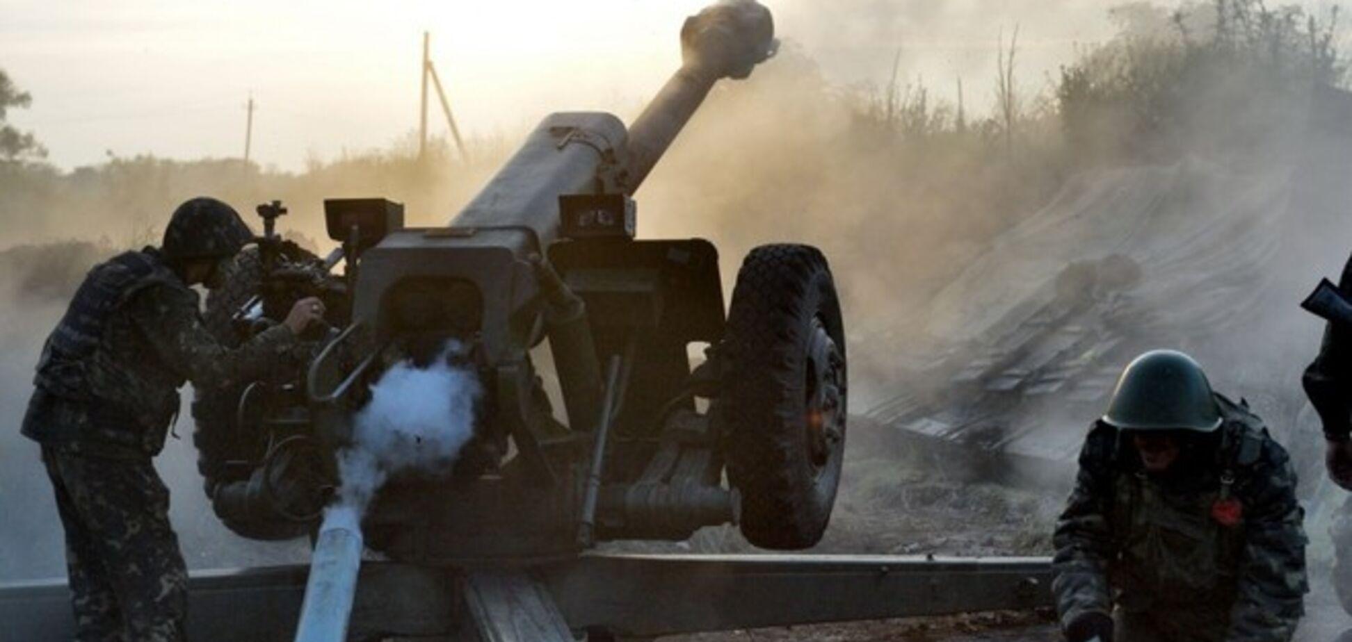 Террористы обстреляли украинских военных в Дебальцево: загорелся частный сектор