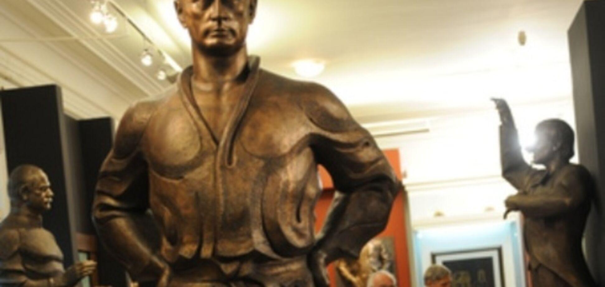 В Санкт-Петербурге появится памятник Путину и казненному казачьему атаману, воевавшему на стороне Гитлера