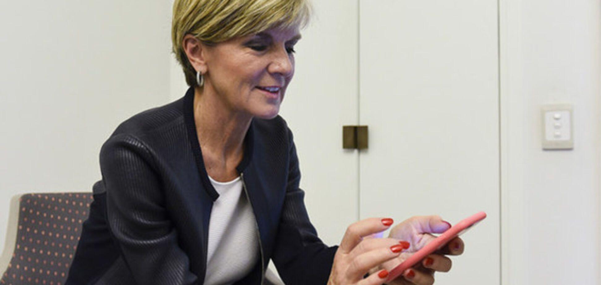 Министр иностранных дел Австралии сравнила Путина с красным сердитым смайликом