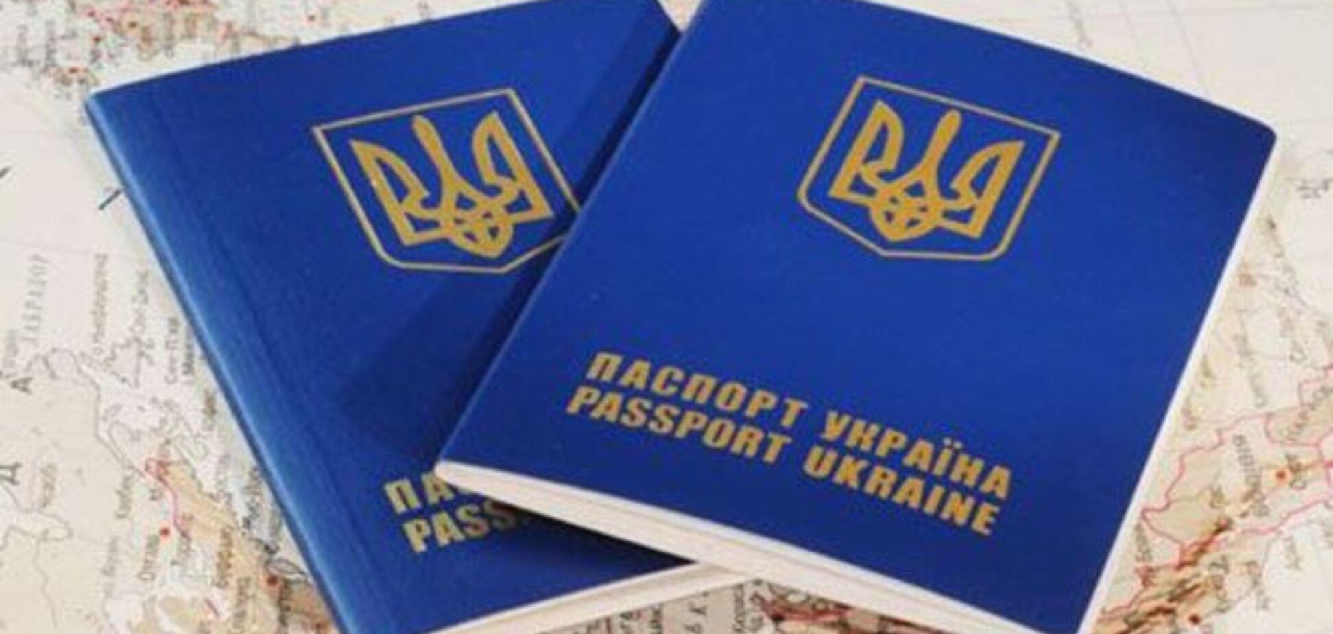 Военнообязанным хотят запретить ездить по Украине без справок: юрист говорит - незаконно