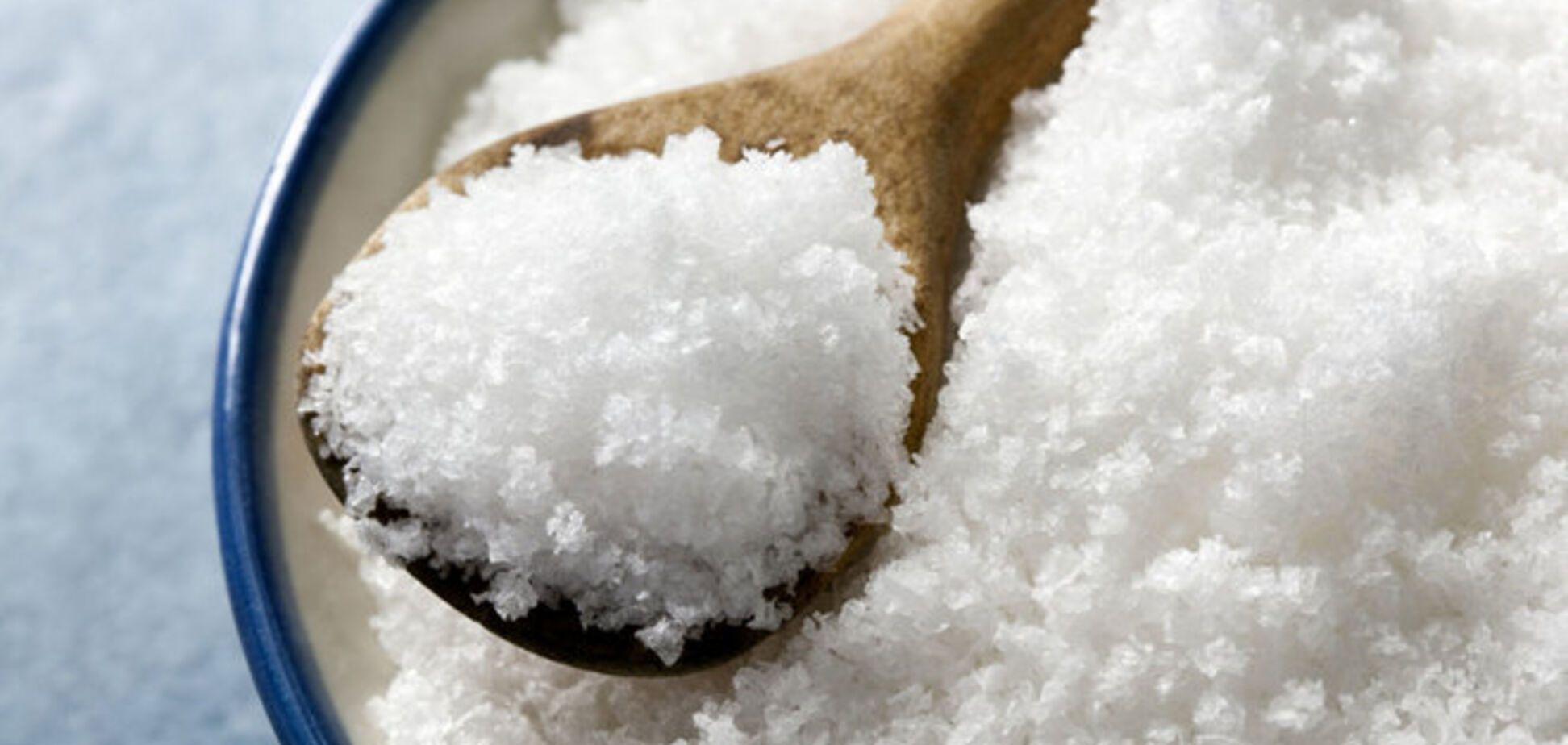 Жить стало веселей? Российская пенсионерка закупила 100 кг соли 'про запас'