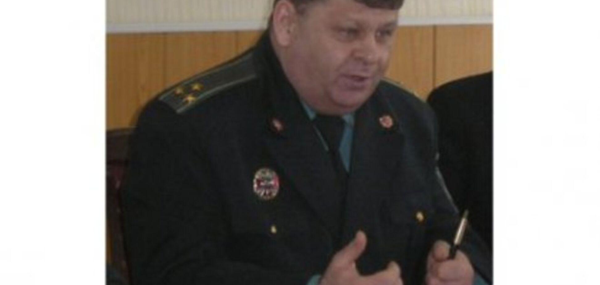 Суд арестовал пойманного на горячем главного тюремщика Сумщины