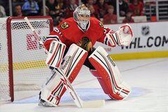Канадский вратарь оконфузился в НХЛ: видео позора