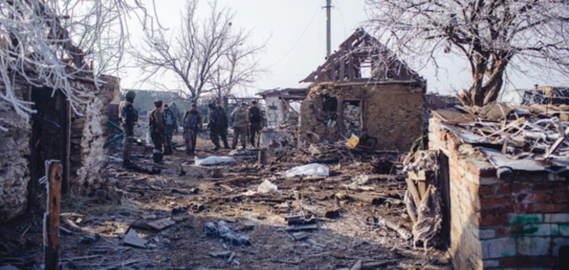 Из полностью разрушеной Новотошковки родители отказываются вывозить детей в безопасное место