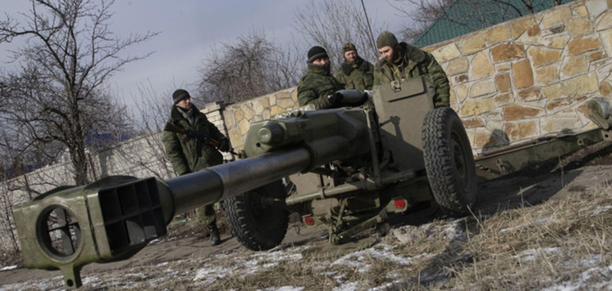 Террористы продолжают накапливать силы и средства в Донецке - Тымчук