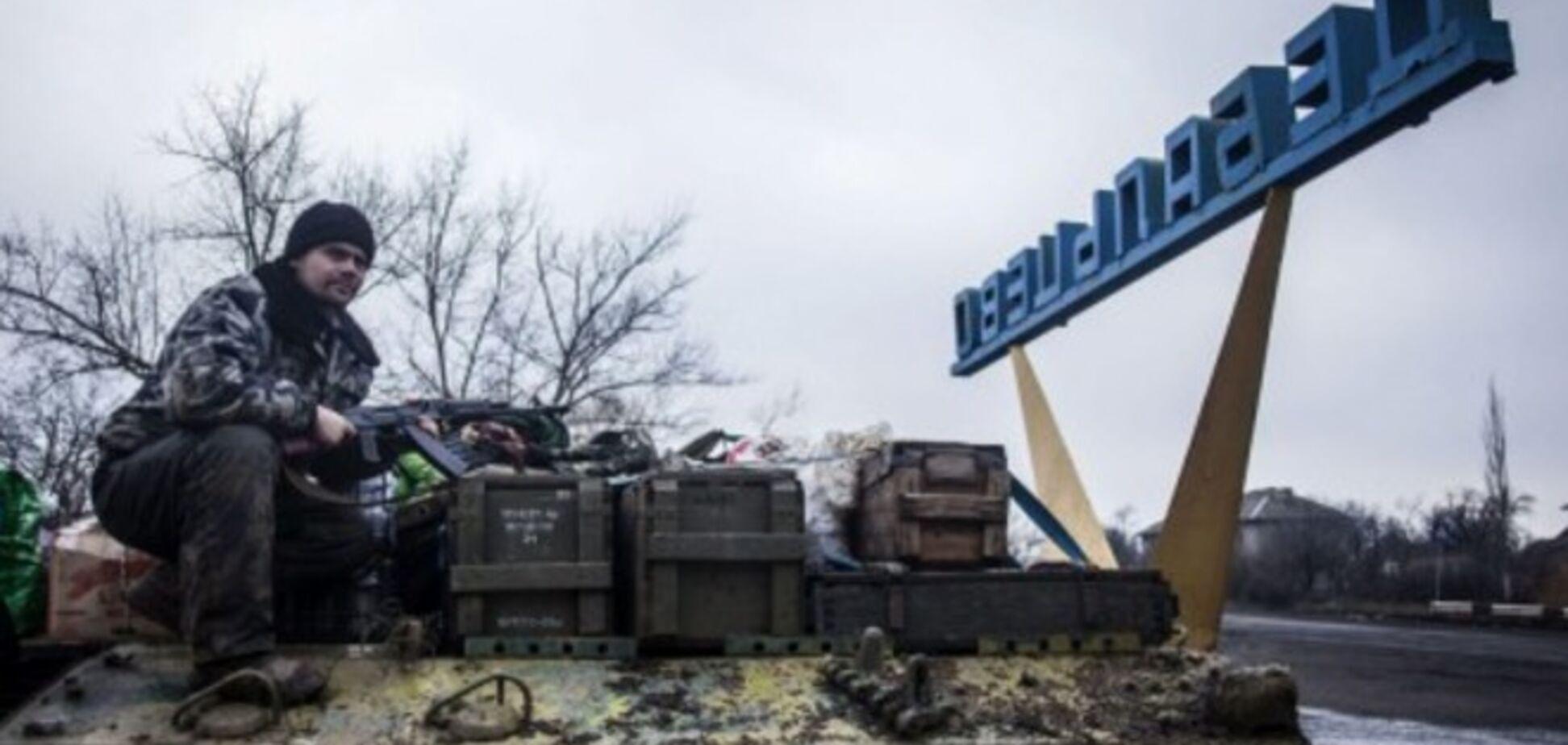 Террористы продолжают атаковать на Дебальцевском плацдарме и перестреливаются между собой