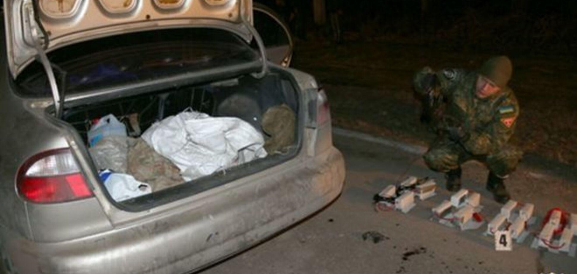 В Мариуполе нашли склад со взрывчаткой боевиков, которые обстреляли милиционеров