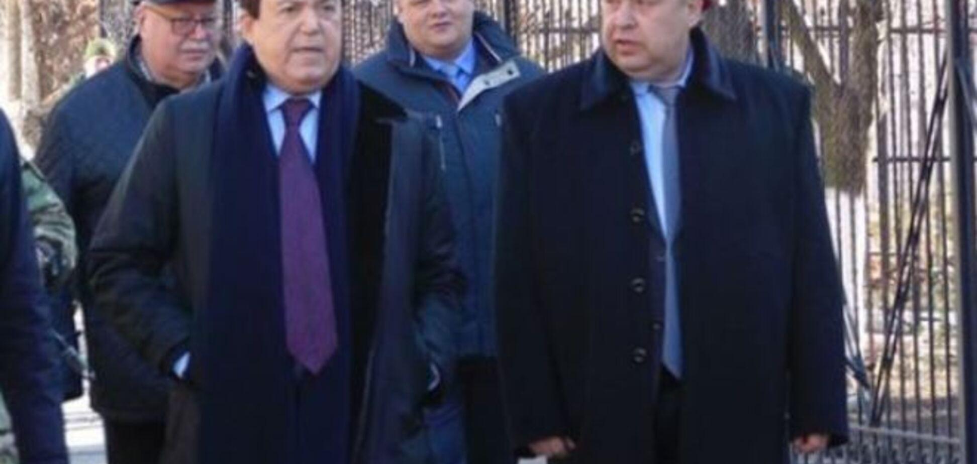 В Луганске 'герои 'Новороссии' не захотели пить с Кобзоном
