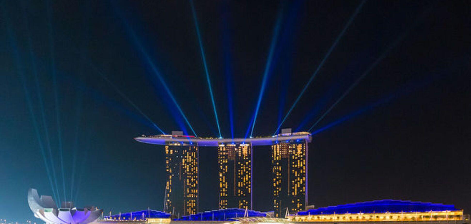 Чому не Сінгапур?